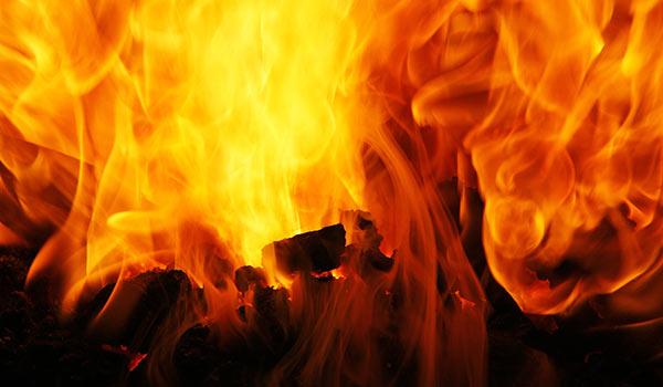 לוחמה באש